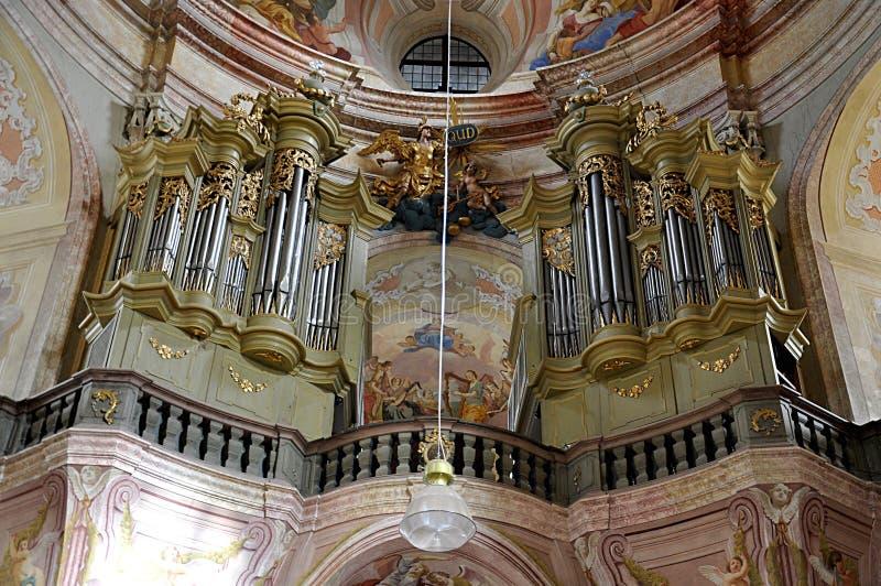 Organo barrocco della chiesa, repubblica Ceca, Europa fotografie stock libere da diritti