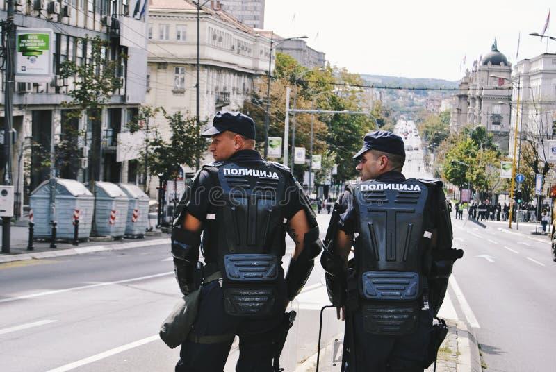 Orgoglio sicuro dell'ufficiale di polizia immagini stock libere da diritti