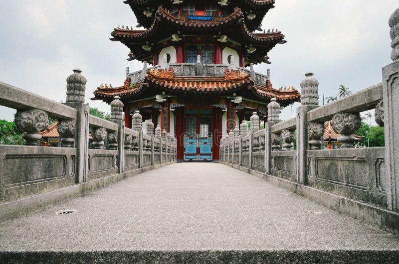 Oriëntatiepuntarchitectuur in een park in Taipeh royalty-vrije stock afbeeldingen