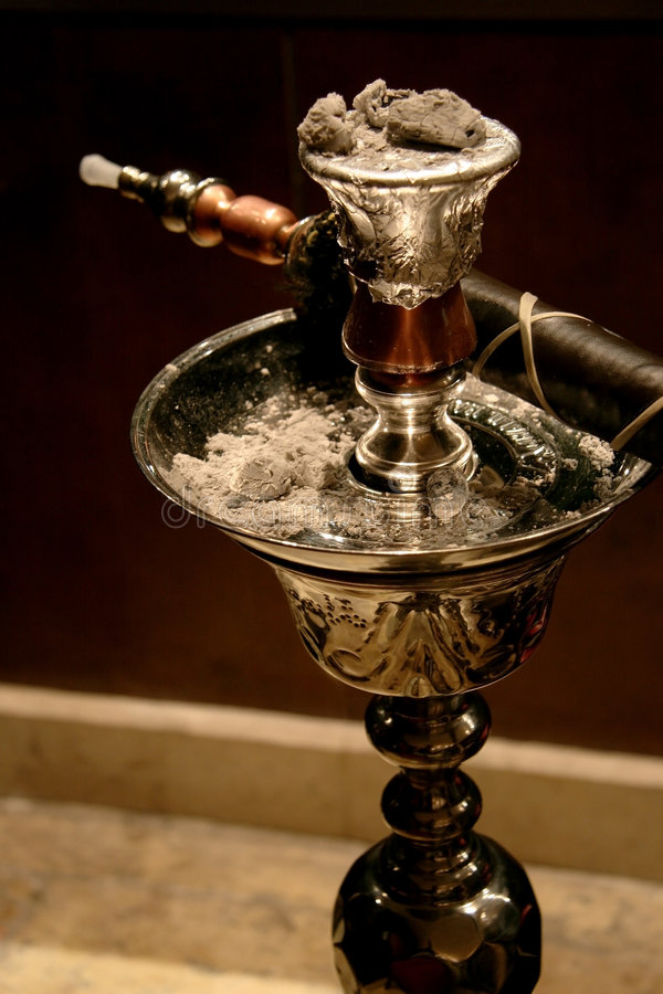 Free Oriental Hookah Royalty Free Stock Photography - 3195697