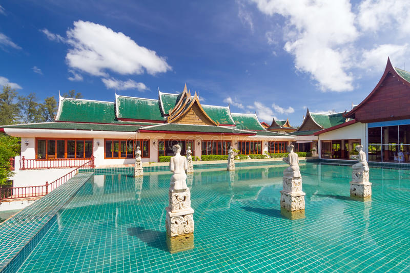Download Oriental Pavilion Reflected In The Water Stock Image - Image of dream, pavilion: 29109153