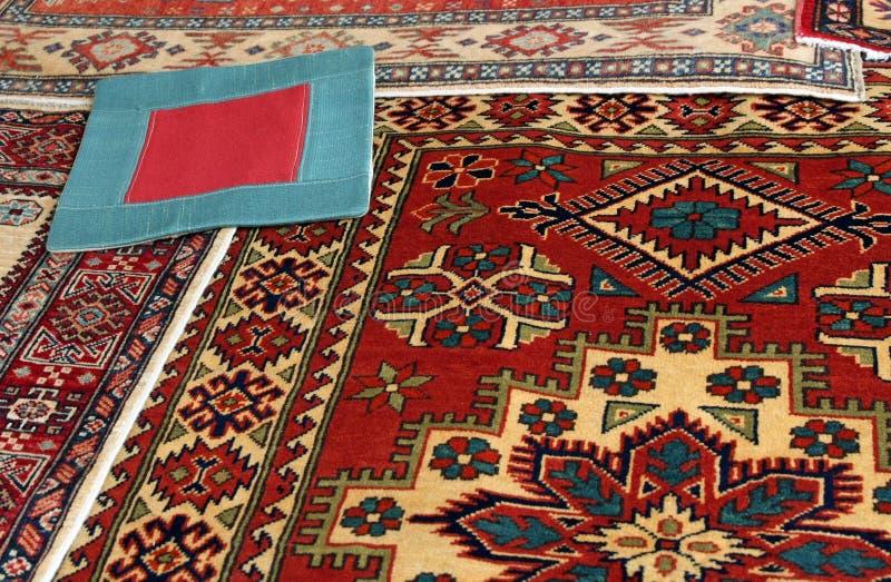 Orientalische Teppiche stockfotos