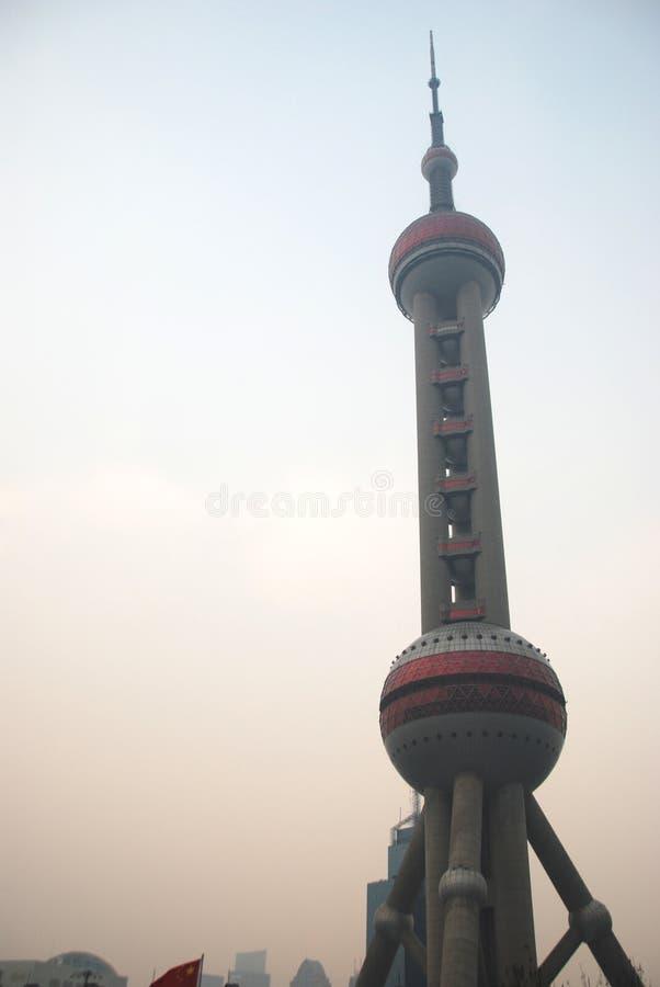 Orientalischer Perle Fernsehturm von Shanghai stockbilder