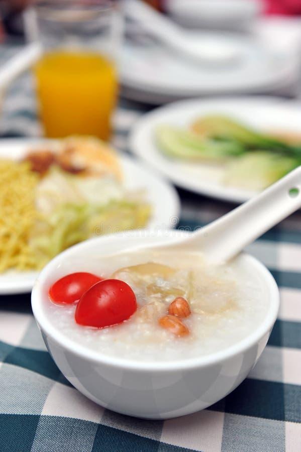 orientalisk frukost royaltyfria foton