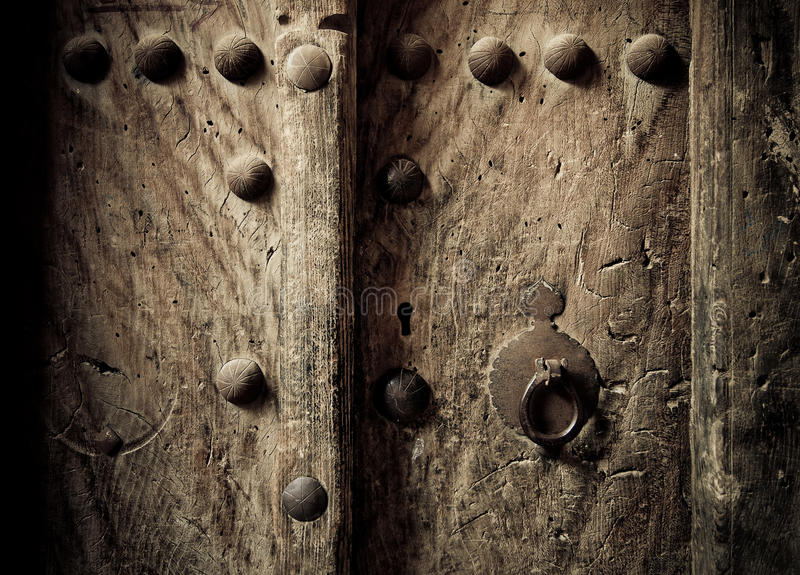 orientaliska forntida dörrar fotografering för bildbyråer