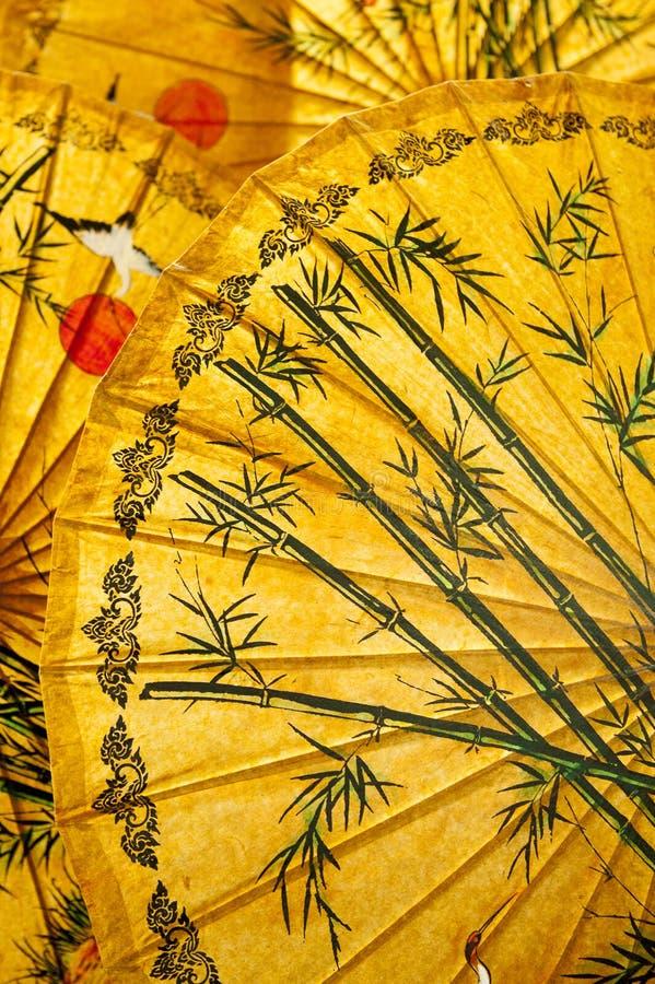 Orientaliska paraplyer royaltyfria bilder