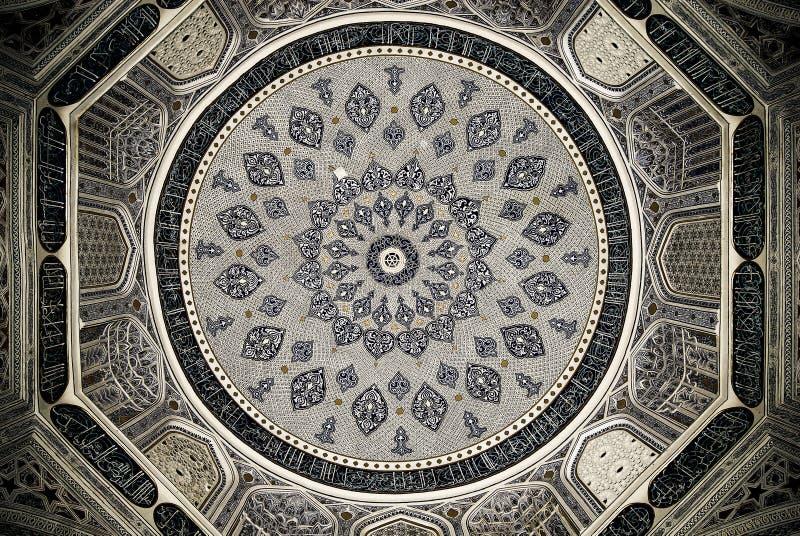 orientaliska prydnadar samarkand för kupolmoské arkivfoton