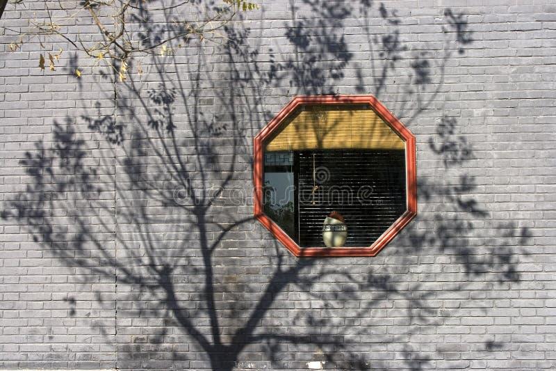 orientaliskt fönster royaltyfri bild