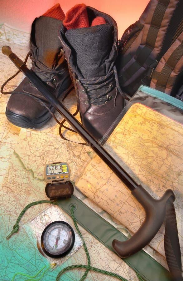 Orienteering - camminando - fare un'escursione immagine stock libera da diritti