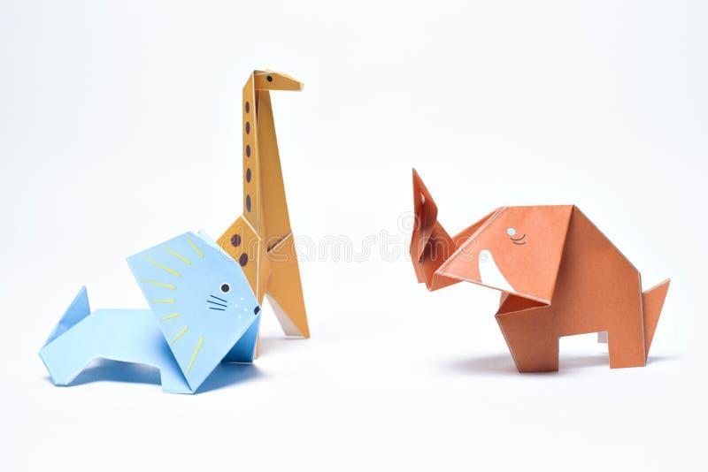 Origâmi Lion Giraffe e elefante fotografia de stock royalty free