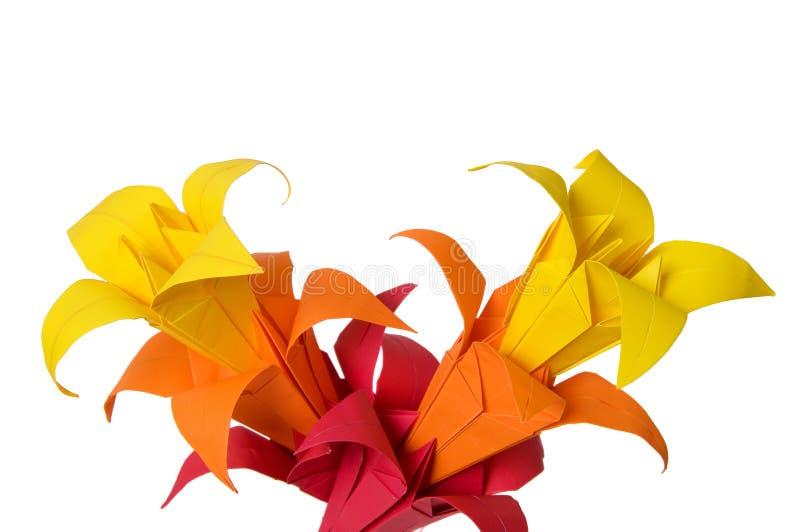 Origami kwiaty odizolowywający na bielu obraz stock