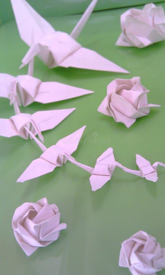 Origami op groen royalty-vrije stock foto's