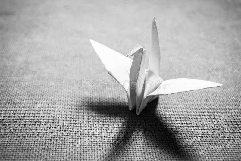 Origami-Vogel lizenzfreie stockfotos