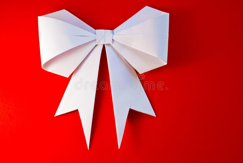 Origamiboog en lint stock afbeelding