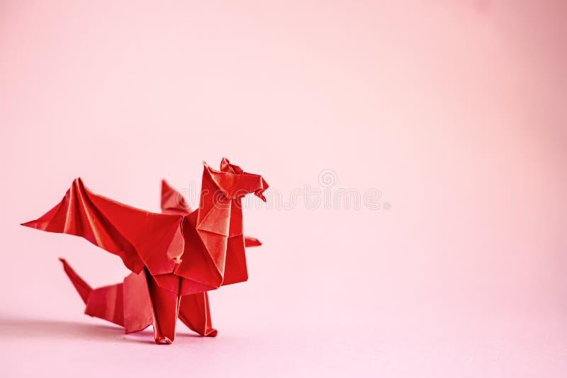 Origamidraak stock afbeeldingen