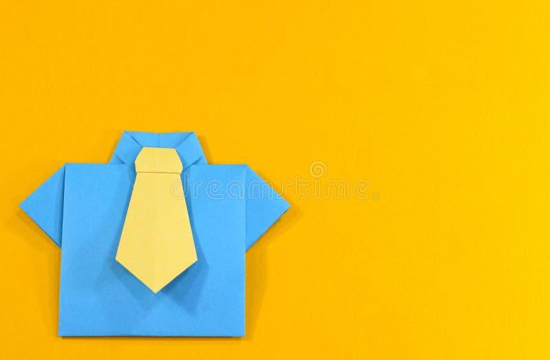 Origamiskjorta royaltyfri foto