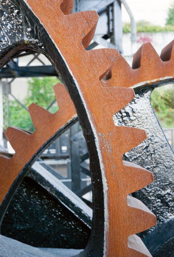 Original- kugghjulmekanism för att lyfta fällande ned Murray Morgan Drawbridge arkivbilder