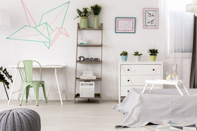 Download Original Origami Decoration In Bedroom Stock Illustration    Illustration Of Multifunctional, Bird: 84801717