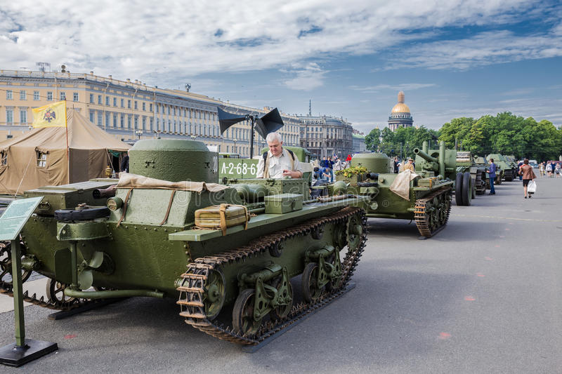 Original soviet tanks of World War II on the city action, dedicated to the Day of Memory and Grief on Palace Square. SAINT-PETERSBURG, RUSSIA - JUNE 22, 2016 royalty free stock photography