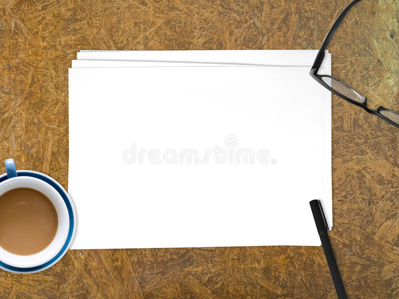 Original vazio do Livro Branco para introduzir o texto fotografia de stock royalty free