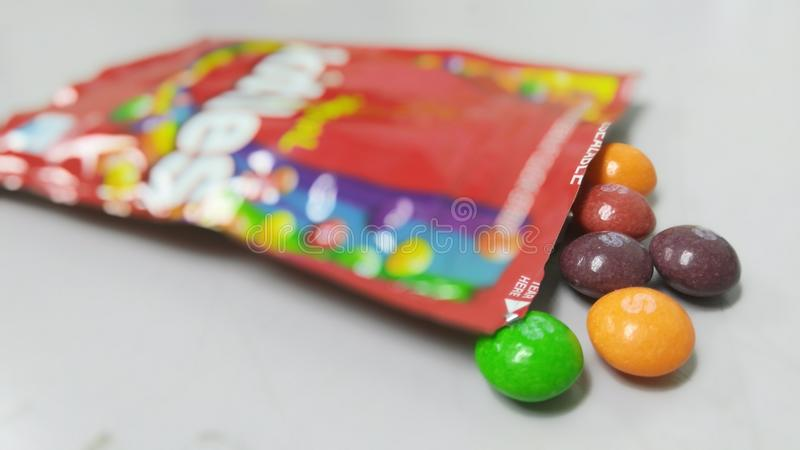 Originele chocoladekegels stock foto