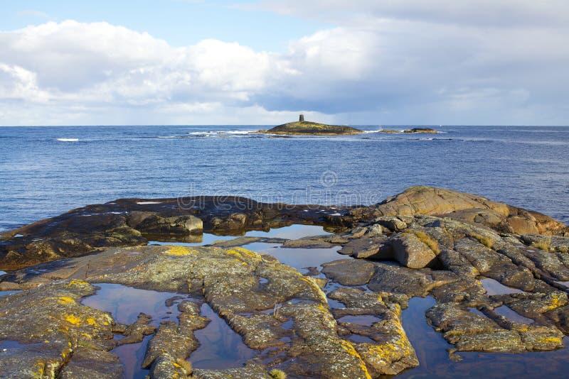 Orilla de mar de Noruega fotografía de archivo libre de regalías