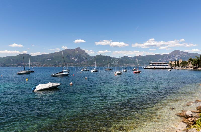 Orilla del lago Garda imagen de archivo libre de regalías