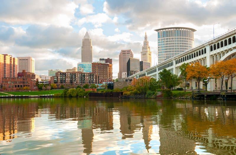 Orilla del río de Cleveland imagenes de archivo