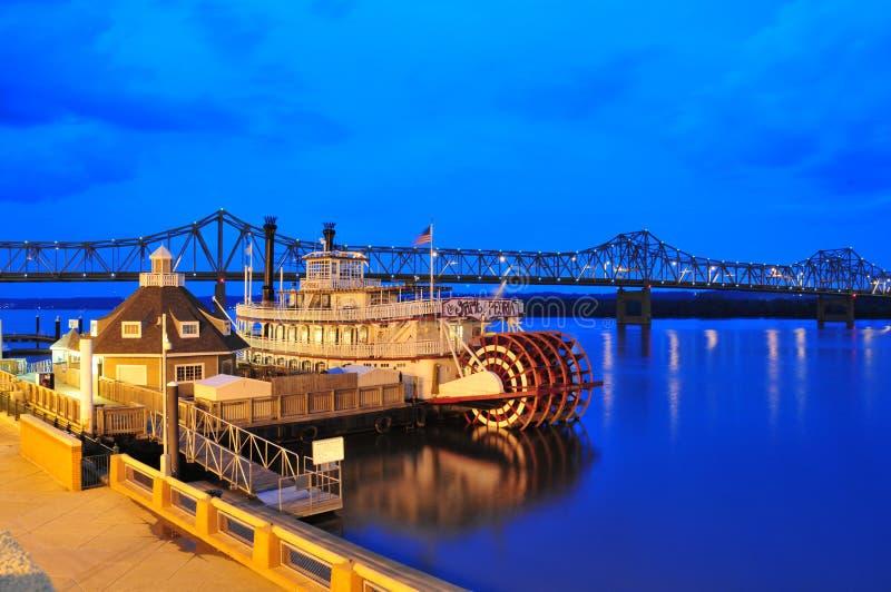 Orilla del río de Peoria - barco de vapor imagenes de archivo