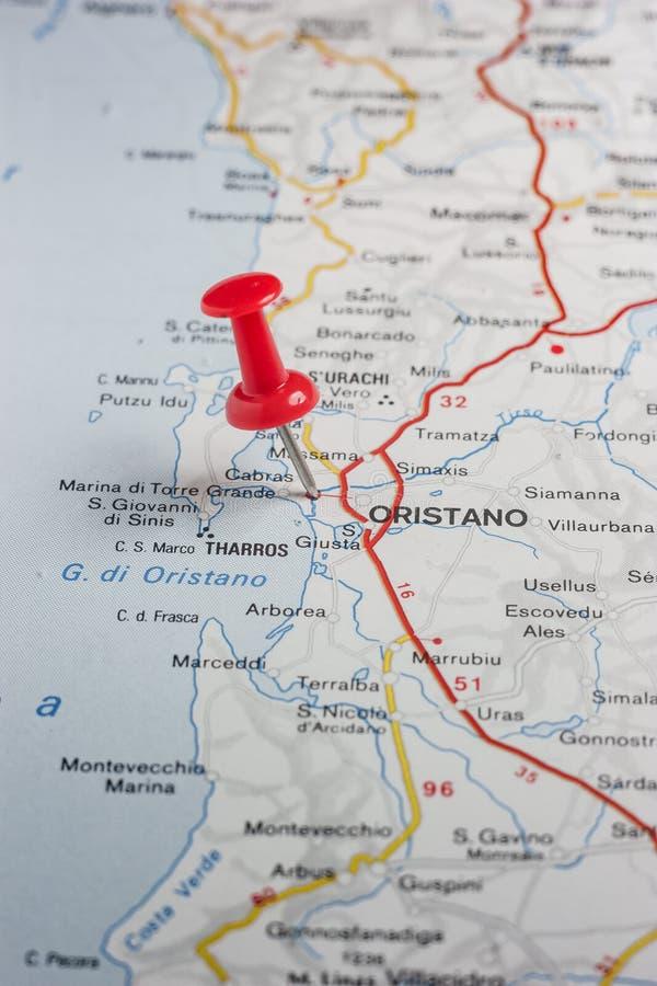 Oristano a goupillé sur une carte de l'Italie photos libres de droits