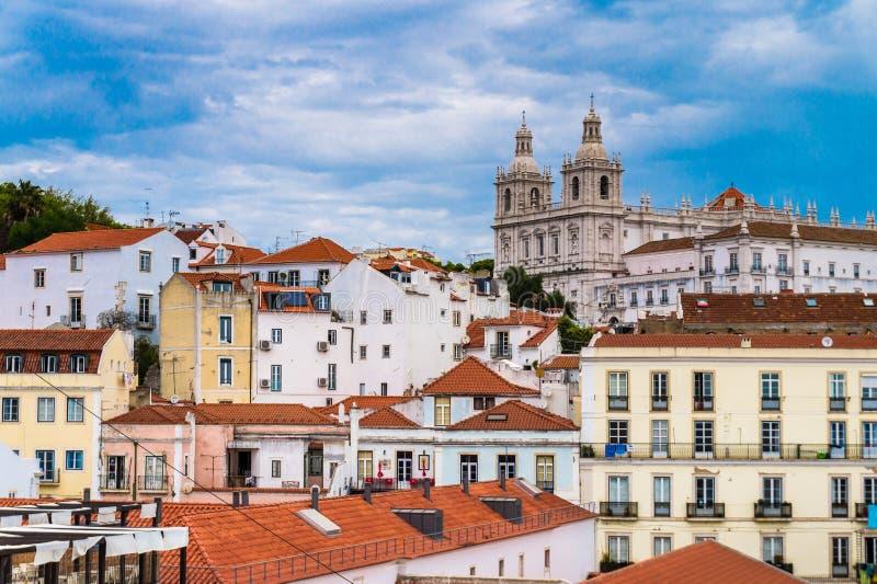 Orizzonte capitale di Lisbona, Portogallo al Alfama immagini stock libere da diritti