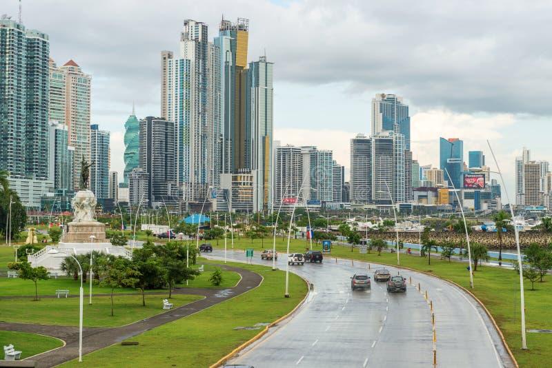 Orizzonte del centro di Panama City immagini stock libere da diritti