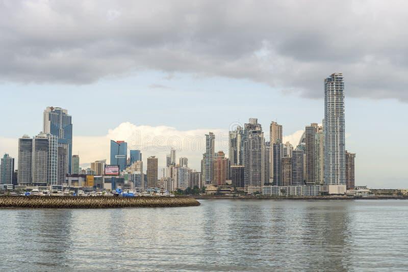 Orizzonte del centro di Panama City immagine stock libera da diritti