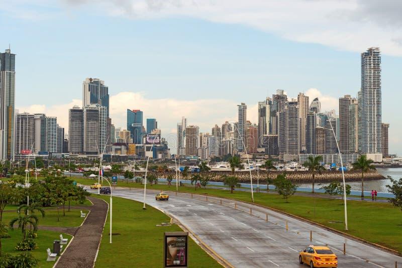 Orizzonte del centro di Panama City fotografie stock