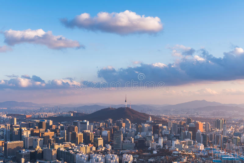 Orizzonte della città della Corea, Seoul, la migliore vista della Corea del Sud immagine stock