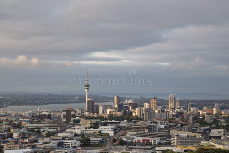 Orizzonte della città di Auckland, Nuova Zelanda fotografia stock libera da diritti