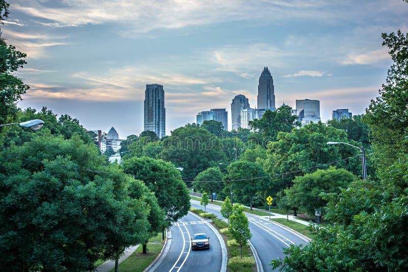 Orizzonte della città di Charlotte North Carolina fotografie stock