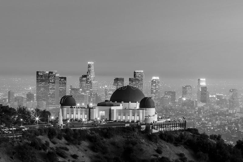 Orizzonte della città di Los Angeles e di Griffith Observatory fotografia stock