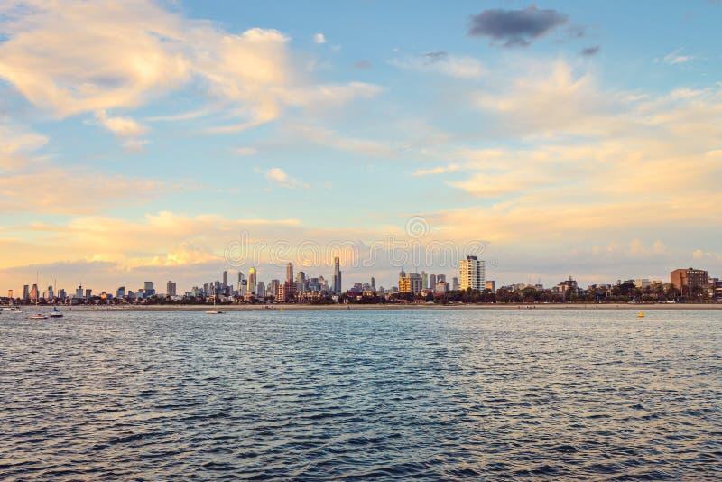 Orizzonte della città di Melbourne fotografia stock libera da diritti