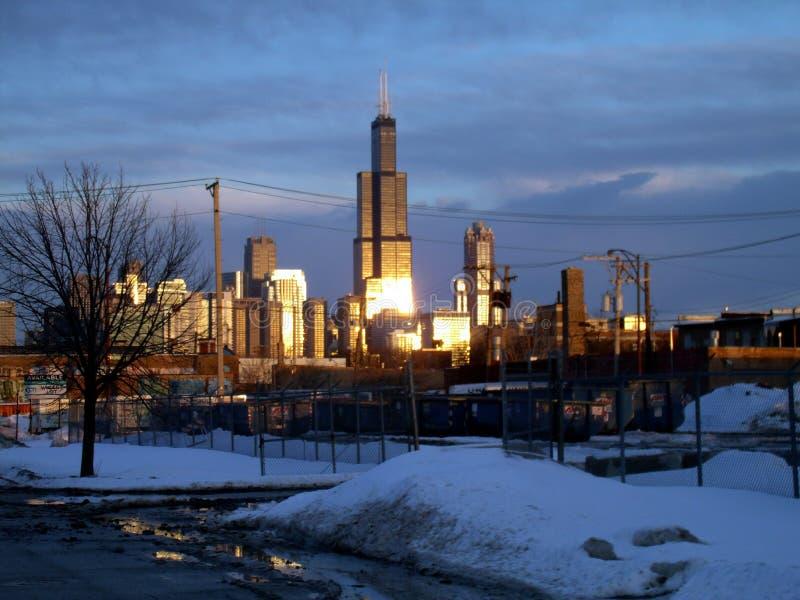 Orizzonte della città nella distanza fotografia stock libera da diritti