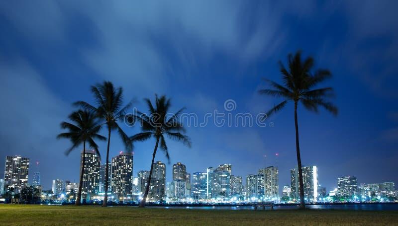 Orizzonte delle Hawai alla notte fotografia stock