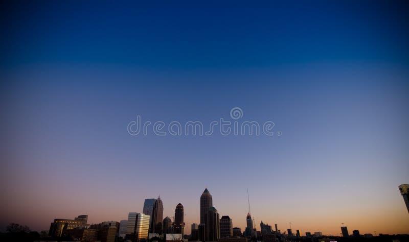 Orizzonte di Atlanta al tramonto immagini stock