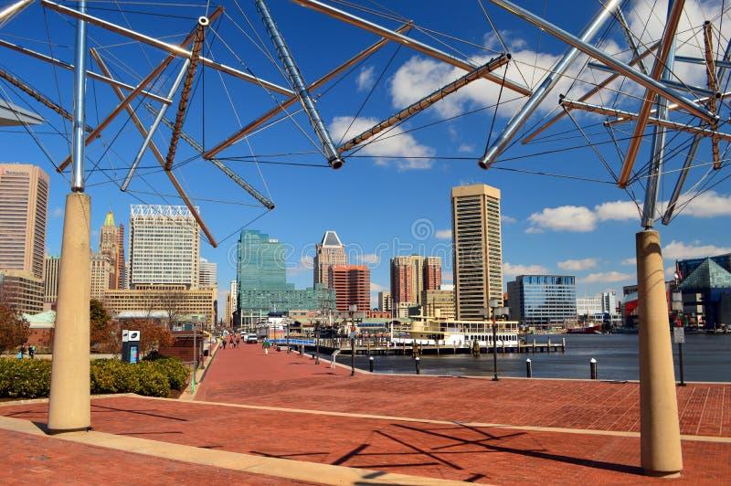 Orizzonte di Baltimora Maryland dal porto interno fotografia stock