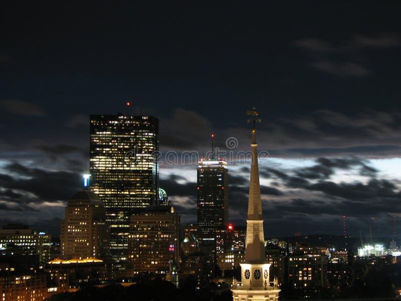 Orizzonte di Boston alla notte fotografia stock