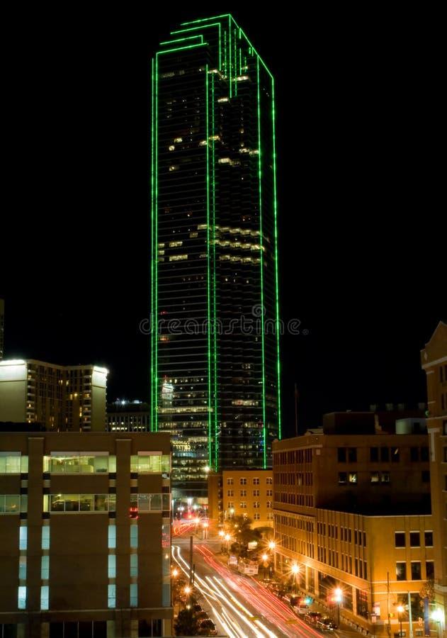 Orizzonte di Dallas il Texas (notte) immagini stock libere da diritti