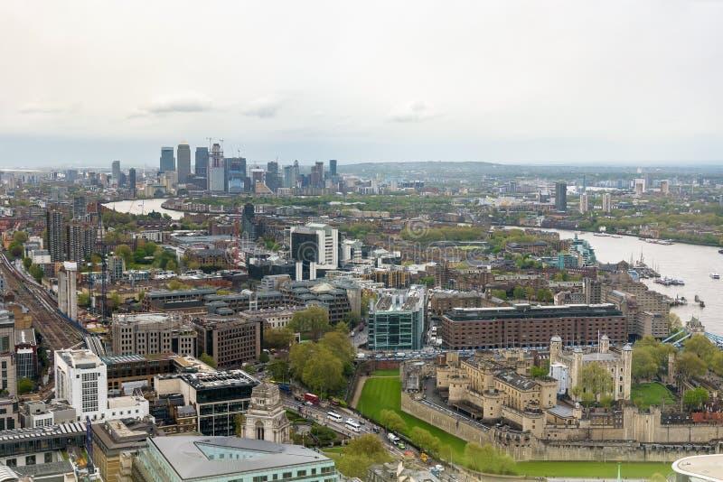 Orizzonte di Londra un giorno nuvoloso fotografia stock libera da diritti