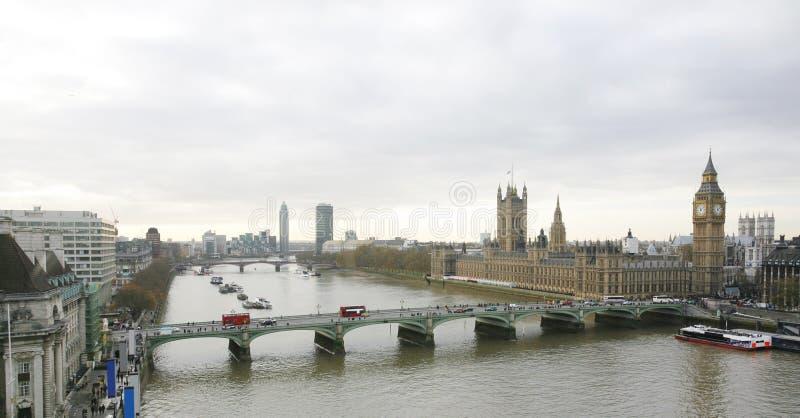 Orizzonte di Londra visto dall'occhio di Londra immagini stock libere da diritti
