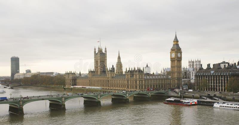 Orizzonte di Londra visto dall'occhio di Londra fotografia stock