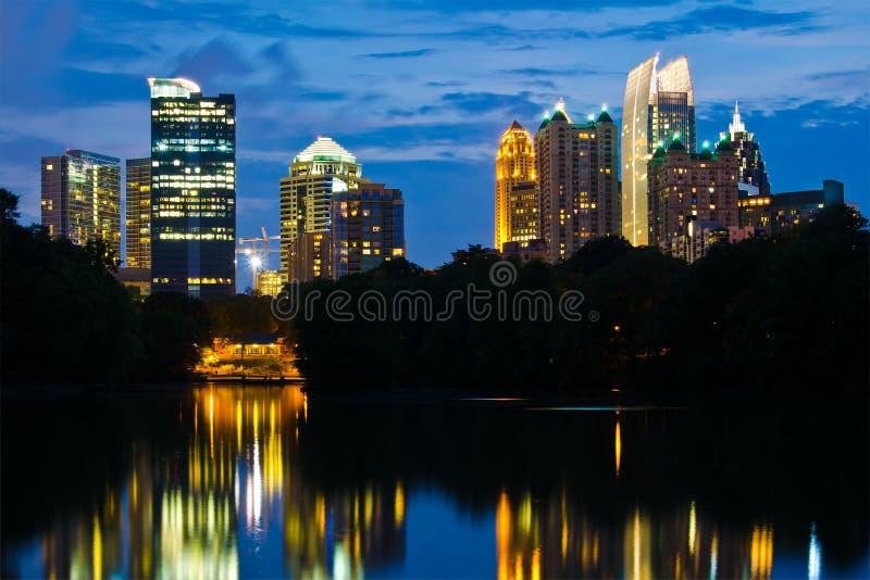 Orizzonte di Midtown di Atlanta immagine stock libera da diritti