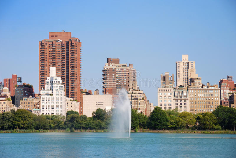 Orizzonte di New York City Central Park e di Manhattan fotografia stock libera da diritti